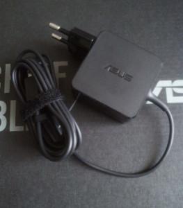 Napájecí adaptér notebooku Asus X205TA