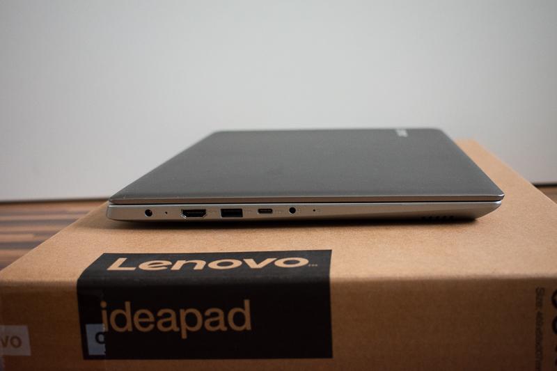 Lenovo IdeaPad 320s - Levá strana notebooku